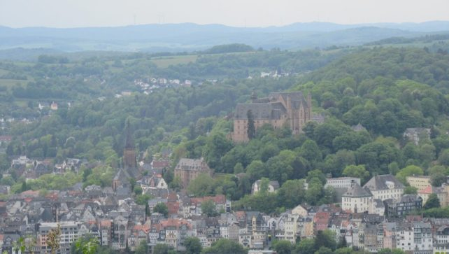 Landgrafenschloss und Oberstadt, vom Ortenberg aus