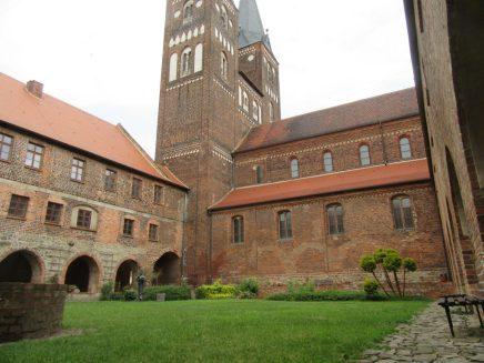 2016_06_18 Jerichow (Sachsen-Anhalt): Kloster