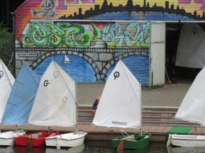 2015_07_11 Hamburg-Lattenkamp, Alster mit Optimist-Jollen