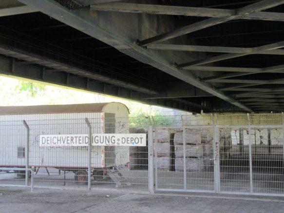 2016_05_08 Hamburg, Deichverteidigungs-Depot