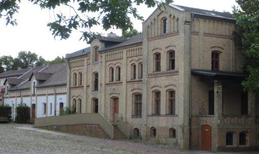 2014_07_22 Berlin, Schloss Britz, Gutshof