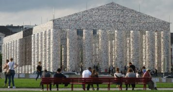 Marta Minujín: Parthenon of books