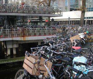 2010_11_15 Amsterdam bikes DSCN9384a