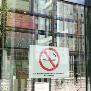 2018_07_30 Berlin, BMG: Das Bundesministerium für Gesundheit ist rauchfrei