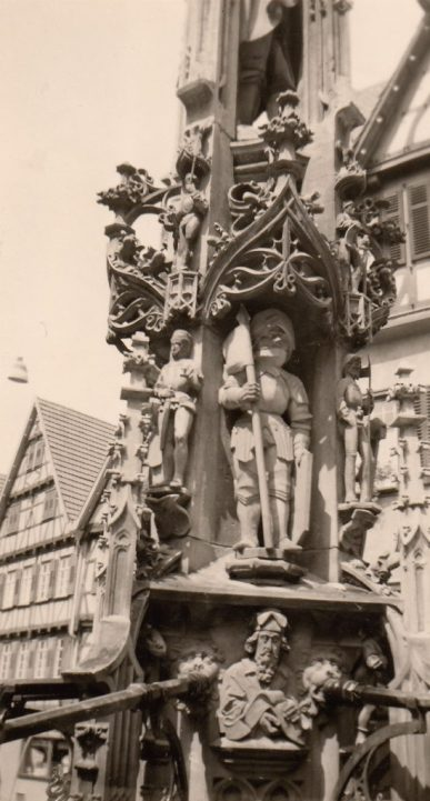 1958 Urach Marktbrunnen. Foto: privat