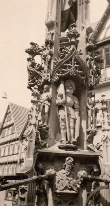 1958_07_07 Urach Marktbrunnen. Foto: privat