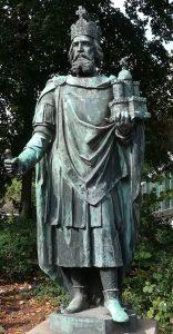 2018_09_08 114311a Karl der Große