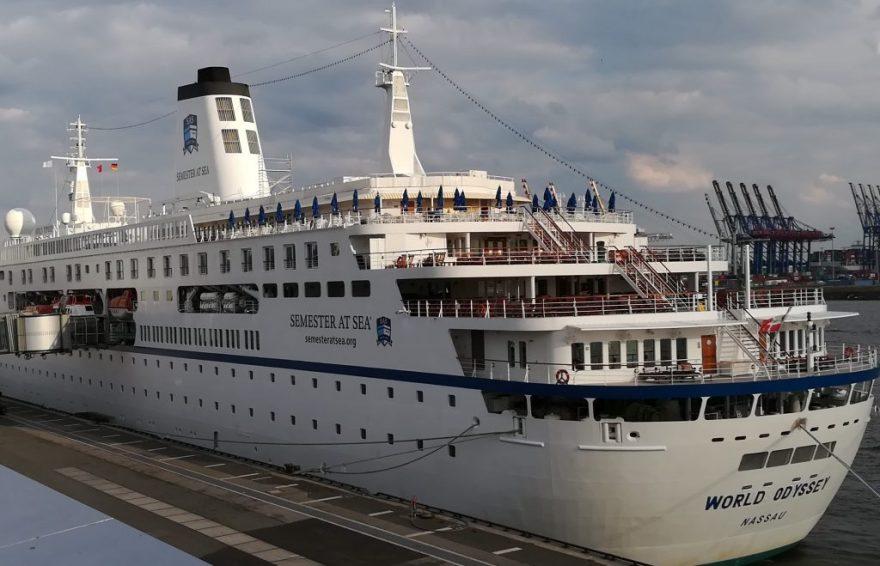 2018_09_08 174220a Semester at Sea