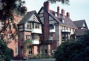 1969_09 Manor House, U' Birmingham (UK)