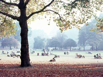 1969_10 St.James's Park, London