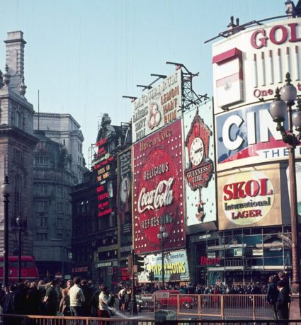 1969_10 Piccadilly Circus, London