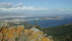 2006_03_10 Notre Dame du Mai (352 m): Blick auf Toulon (F)