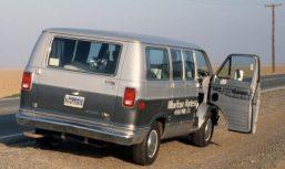 1986_12_16ca Dodge van in Central Valley