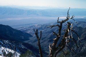 1986_03_26 Von Telescope Peak (CA) Blick ins Panamint Valley