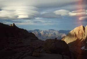 1988_05_29ca Mt Whitney (CA): The clouds