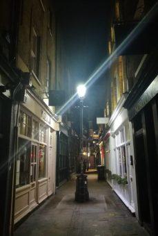 2018_12_27 Spitalfields: Artillery Passage
