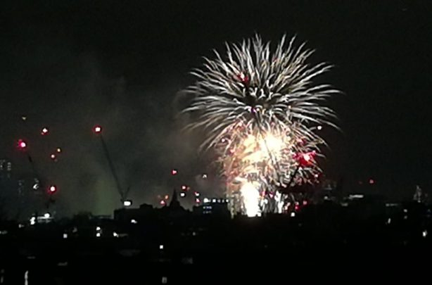 2019_01_01 London fireworks