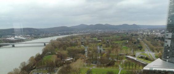 2019_03_26 Bonn, Rheinauepark und Siebengebirge