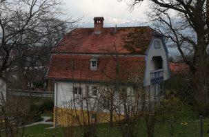 2019_04_07 Murnau, Münterhaus vor Alpenkulisse