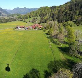 """2019_05_17 Wendelstein Seilbahn Blick auf das Dorf """"Dorf"""""""
