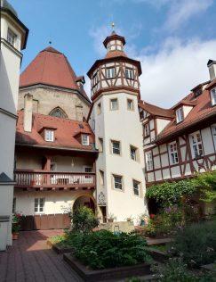 2019_08_08 Ansbach, Beringershof mit Treppenturm