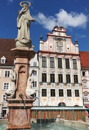 2019_08_14 Landsberg, Marktplatz mit Marienbrunnen