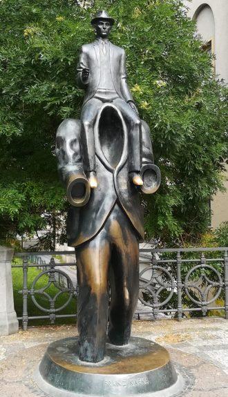 2019_09_06 Prag, Kafka-Denkmal