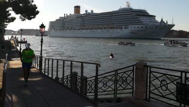 2019_09_14 Venezia, Canale della Giudecca mit Costa Luminosa