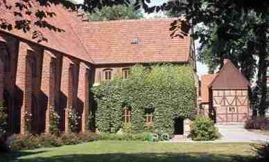 1976_08_10ca Ystad (SE): Gråbrödraklostret - Greyfriars Abbey